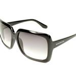 Jolie lunettes de soleil Givenchy f18ab5235d4f